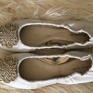 NWB Tahari Valerie White Embellished Ballet Flats